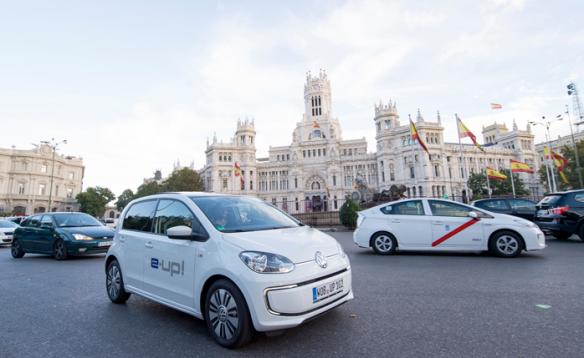 Será el primer eléctrico de VW y marcará el comienzo de un objetivo: ser líder en electromovilidad  en 2018. Volkswagen.