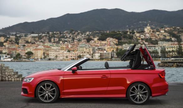 Se mantiene fiel al techo de lona, quizá porque cuando pensamos en un descapotable, lo hacemos con un techo de este tipo. Audi.