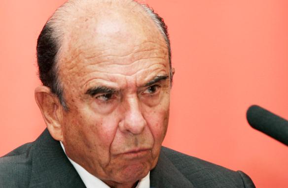 Emilio Botín se quita a 500 trabajadores con la venta de Altamira. Daniel Santamaría