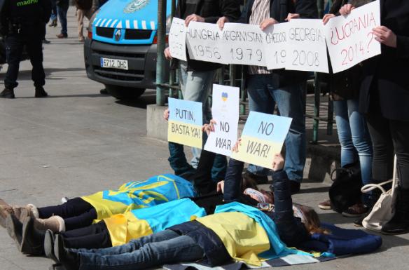 Una de las protestas organizadas por Con Ucrania en Madrid. Con Ucrania